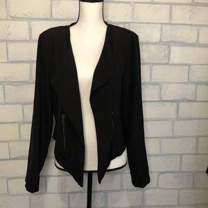 Lily black blazer